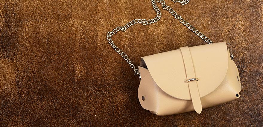 Köp handväskor online